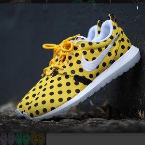 Nike Roshe Free Poka Dot Yellow